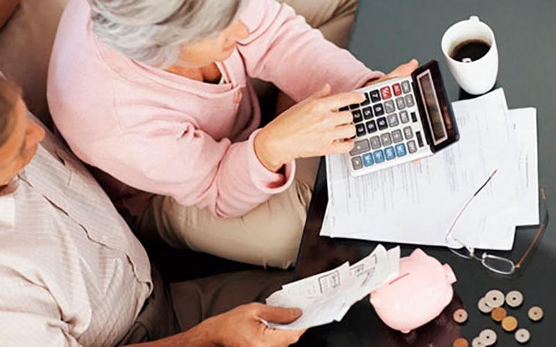 Conheça cinco direitos de aposentados e pensionistas